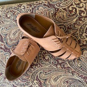 Lucky Tan Leather Shoes - Size 7 - New